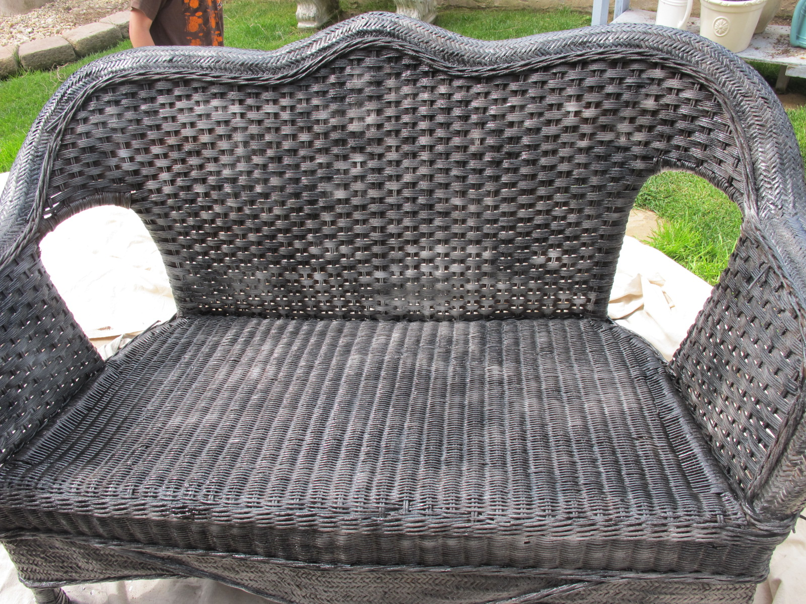 painted wicker furnitureHow to paint wicker furniture