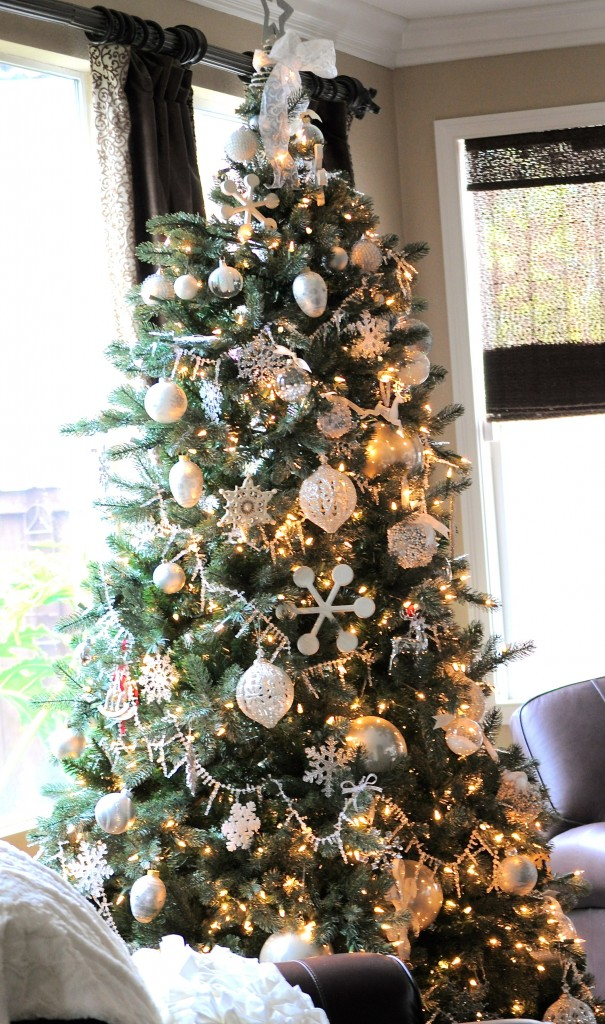 want - White And Silver Christmas Tree