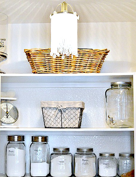 Tips on organizing the pantry