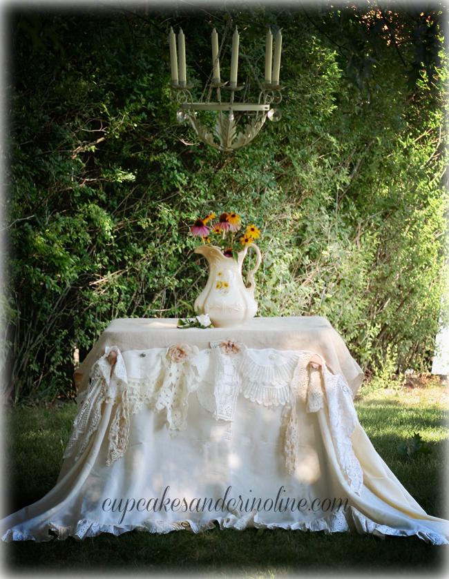 Burlap-and-Vintage-Linen-Garden-Party