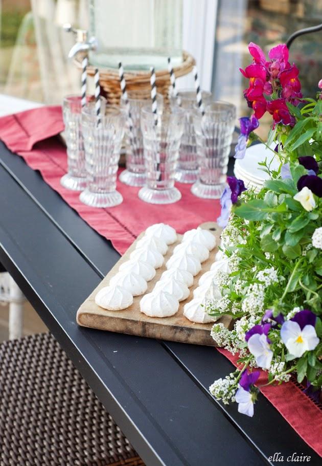 refinish a garden table