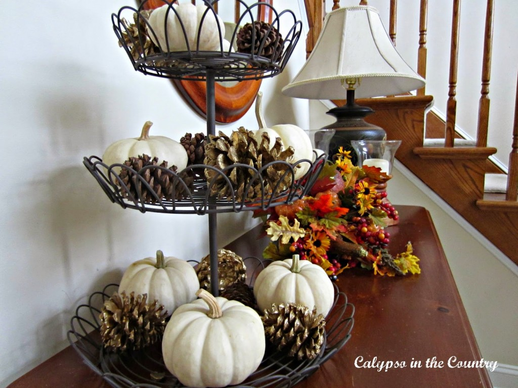 Pumpkins-in-tiered-stand