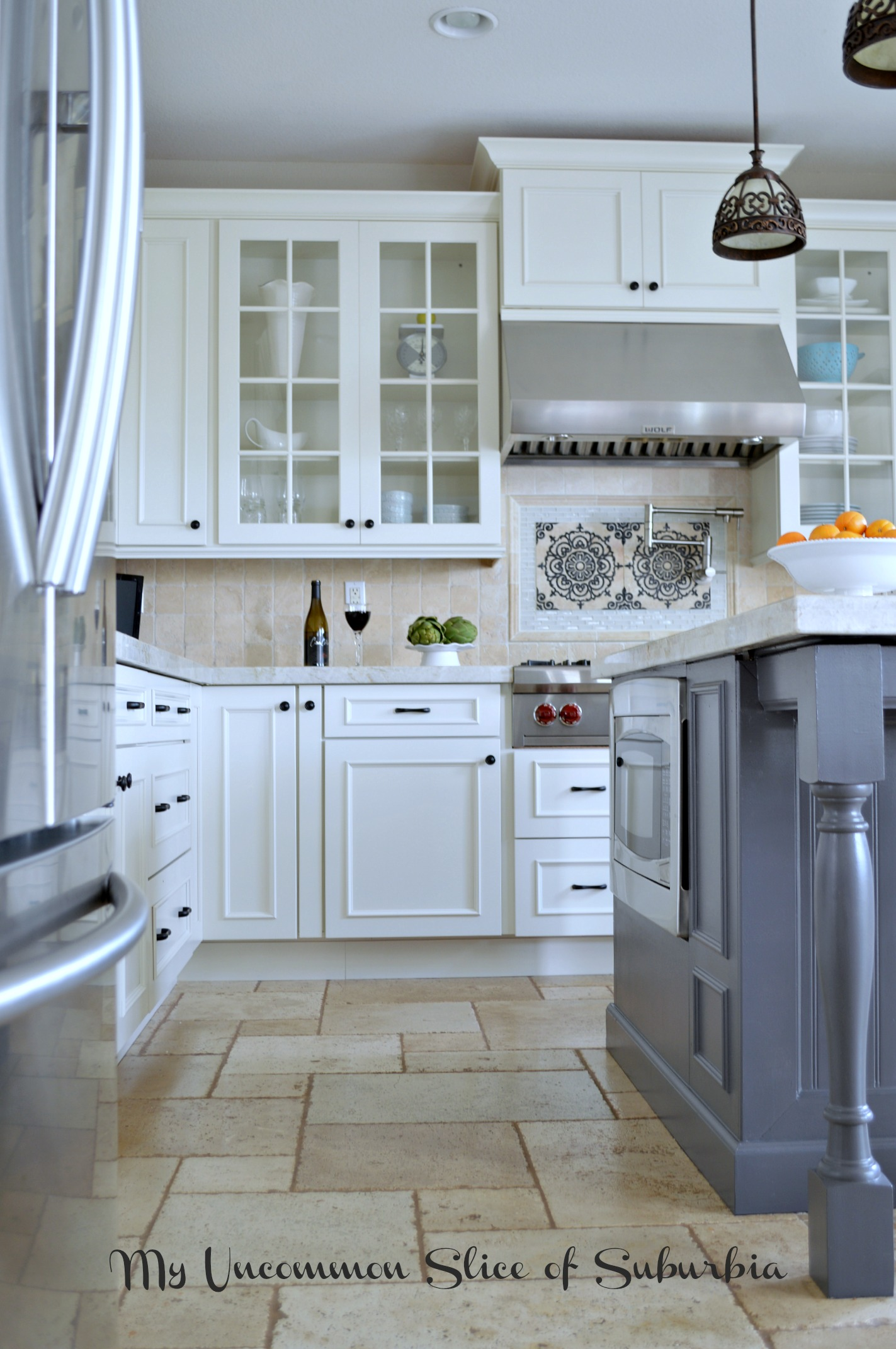 White & Elegant Kitchen Remodel