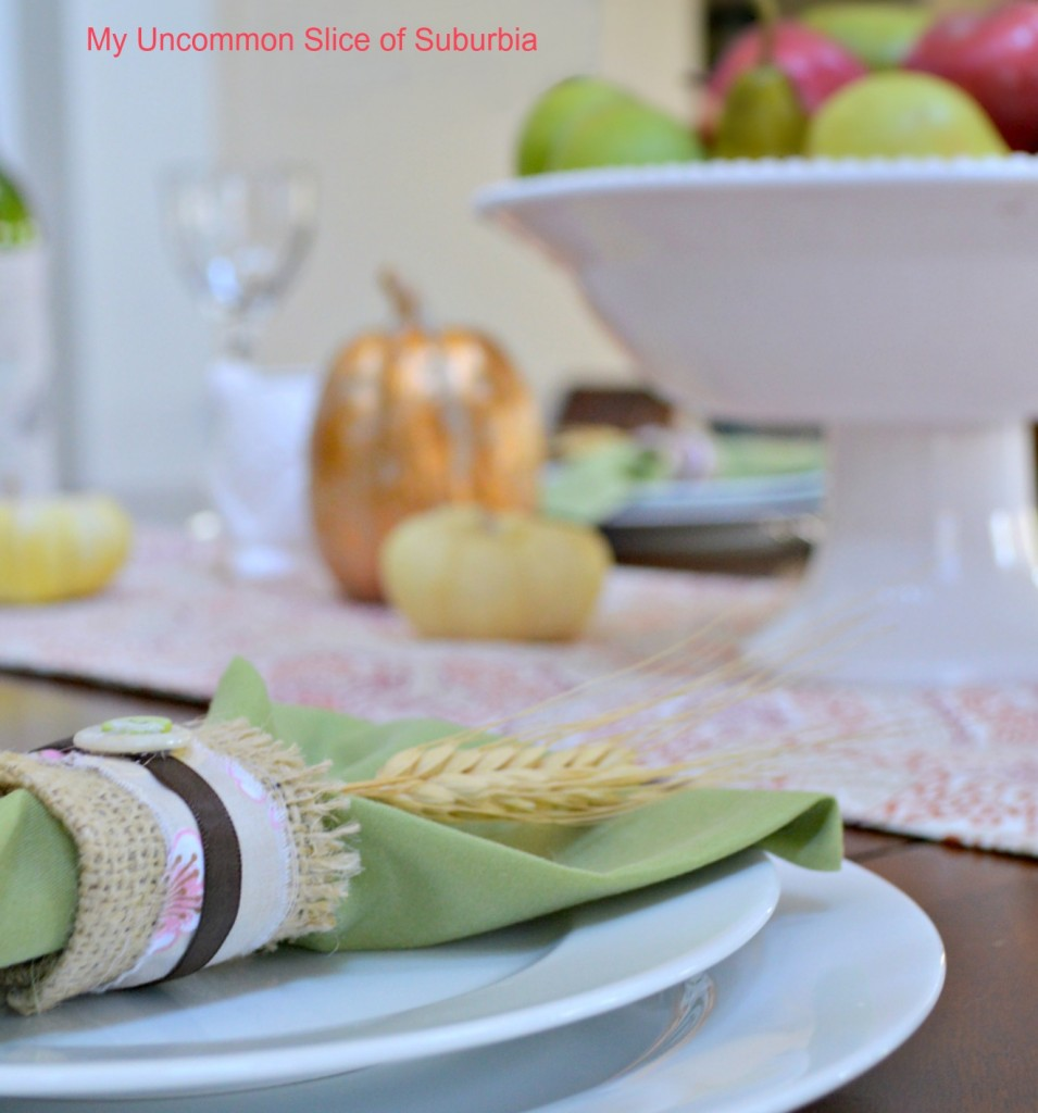 Thanksgiving Table Setting with burlap napkin holder