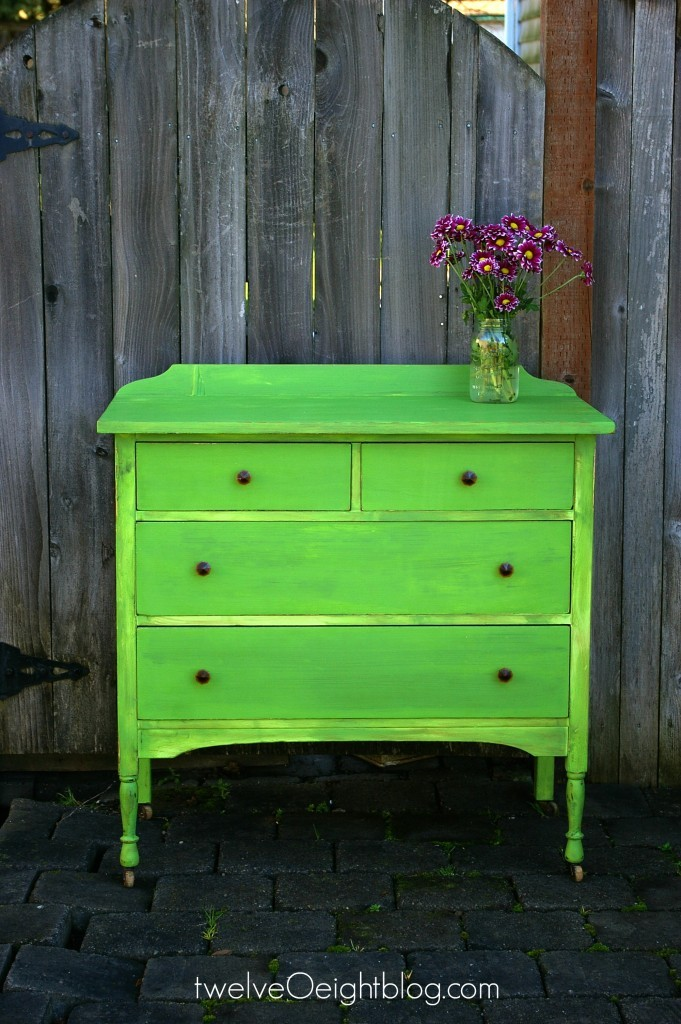 How-to-paint-furniture-no-logo-only-watermark-twelveOeightblog.com_-681x1024