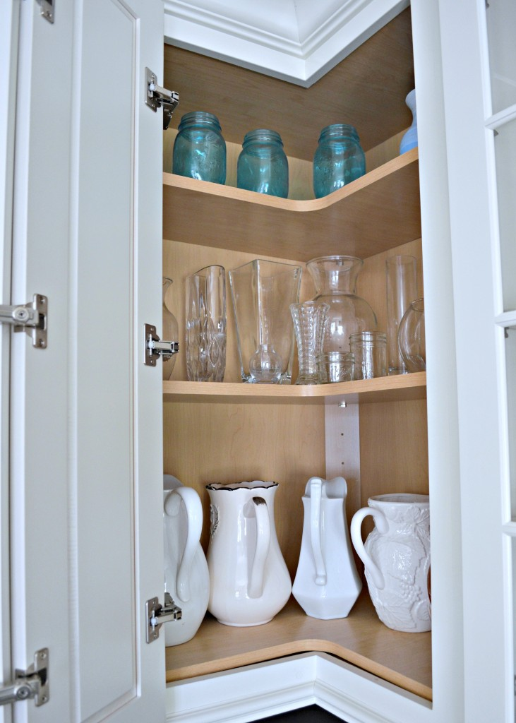 Upper Corner Cabinets for a organized kitchen