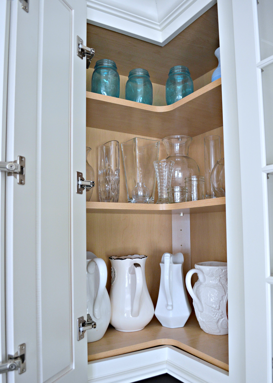 Upper Corner Cabinets For A Organized Kitchen My Uncommon Slice Of Suburbia