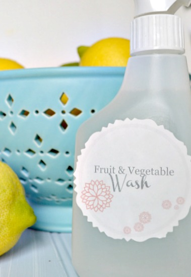 Simple Homemade Fruit and Vegetable Wash