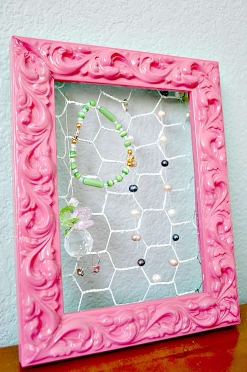 turn a old frame into a jewelry holder so easy!