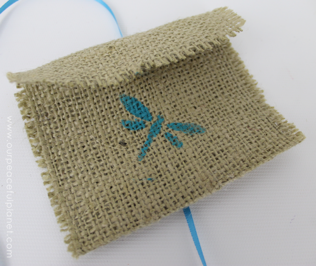 New-Sew-Pouch-Burlap-Crafts-5