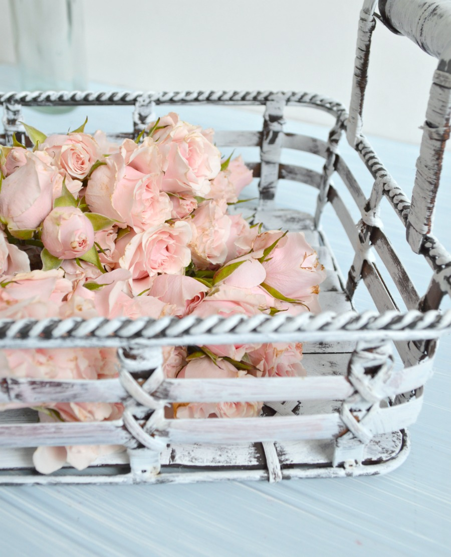 Tray recycled using chalk paint