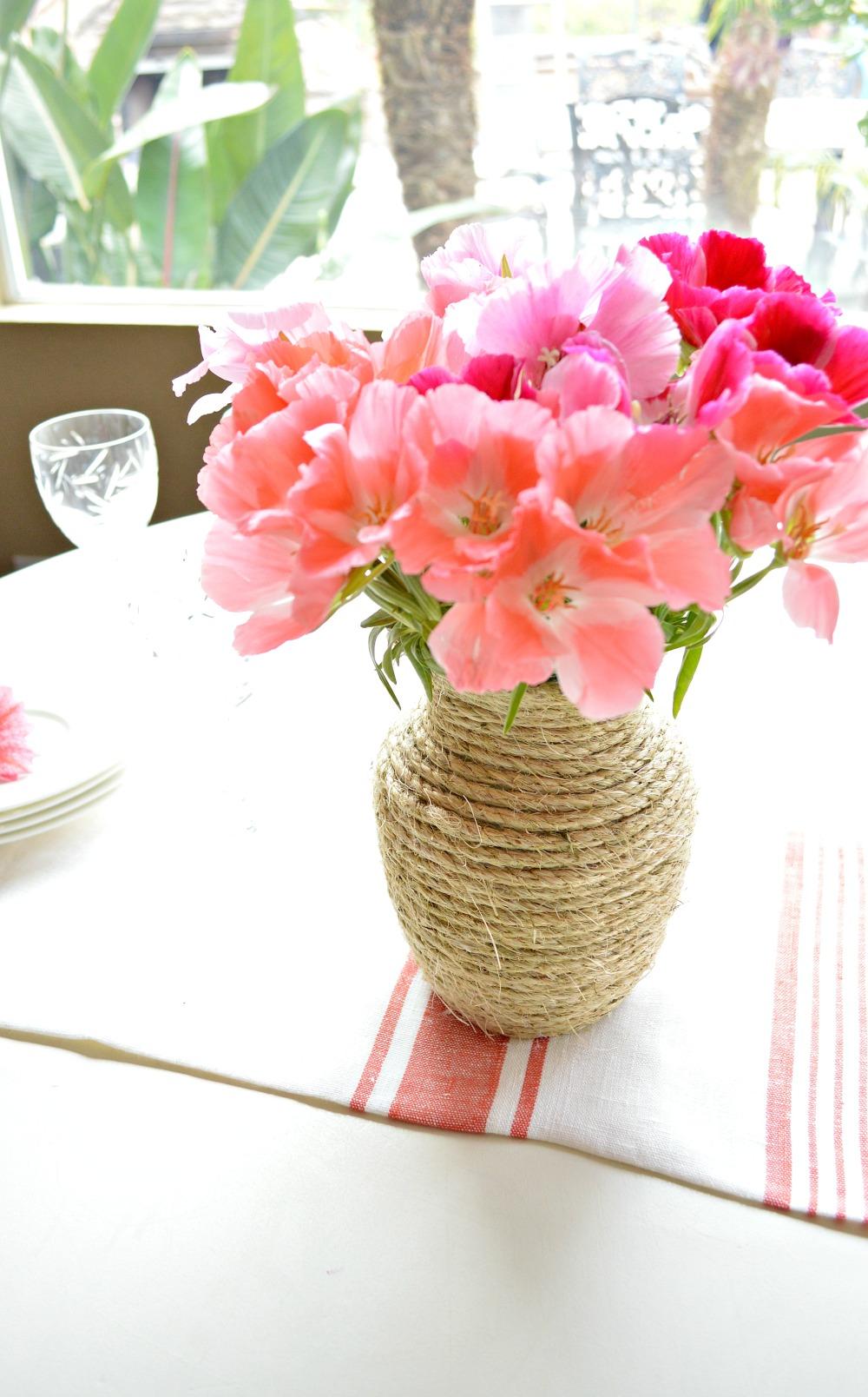 DIY Twine Vase, so easy!
