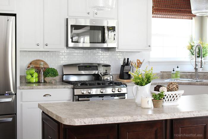 kitchen-smart-tiles-white-backsplash
