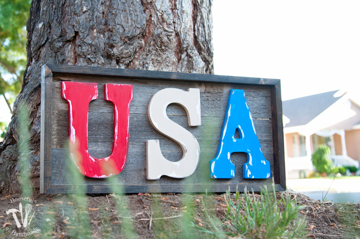 Easy-DIY-Rustic-USA-Wood-Sign-15