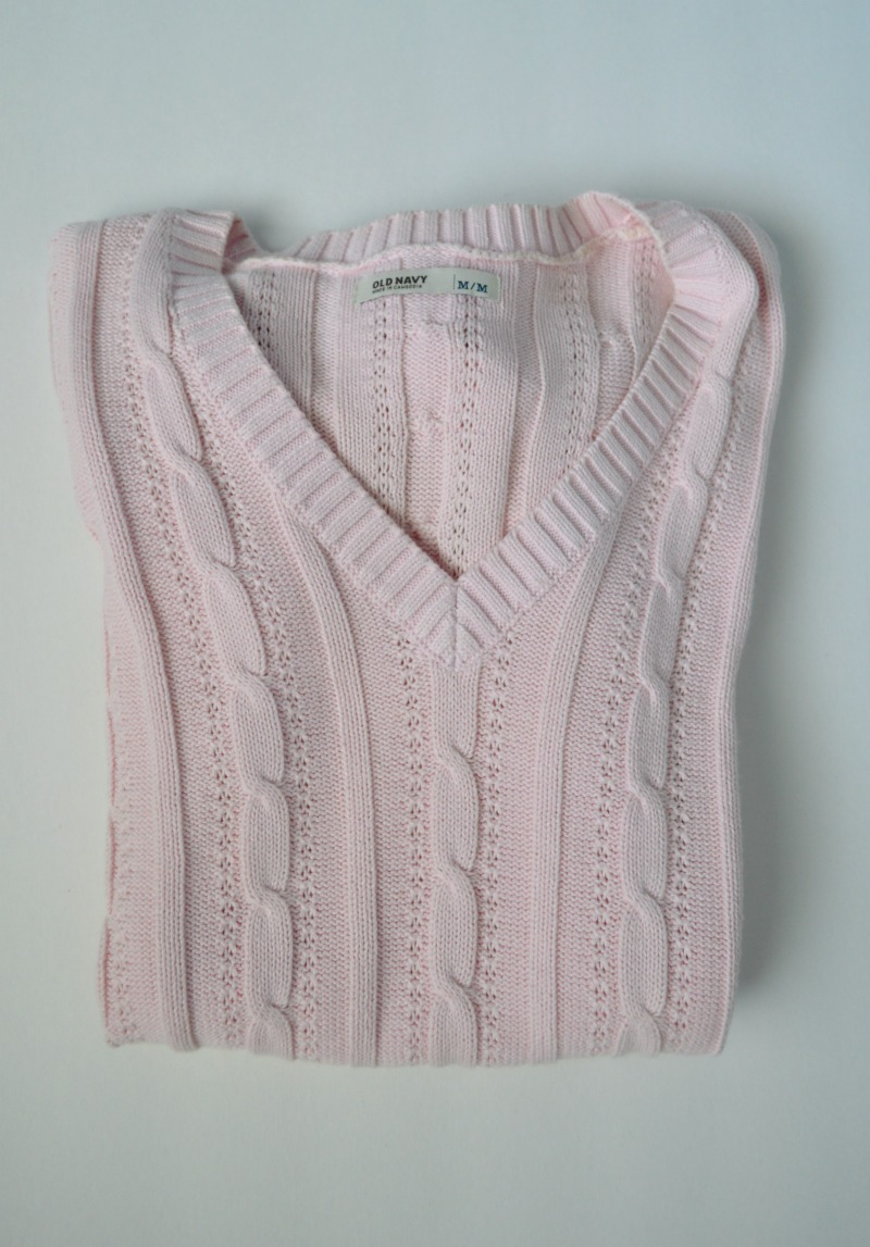 Turn an old sweater into a DIY