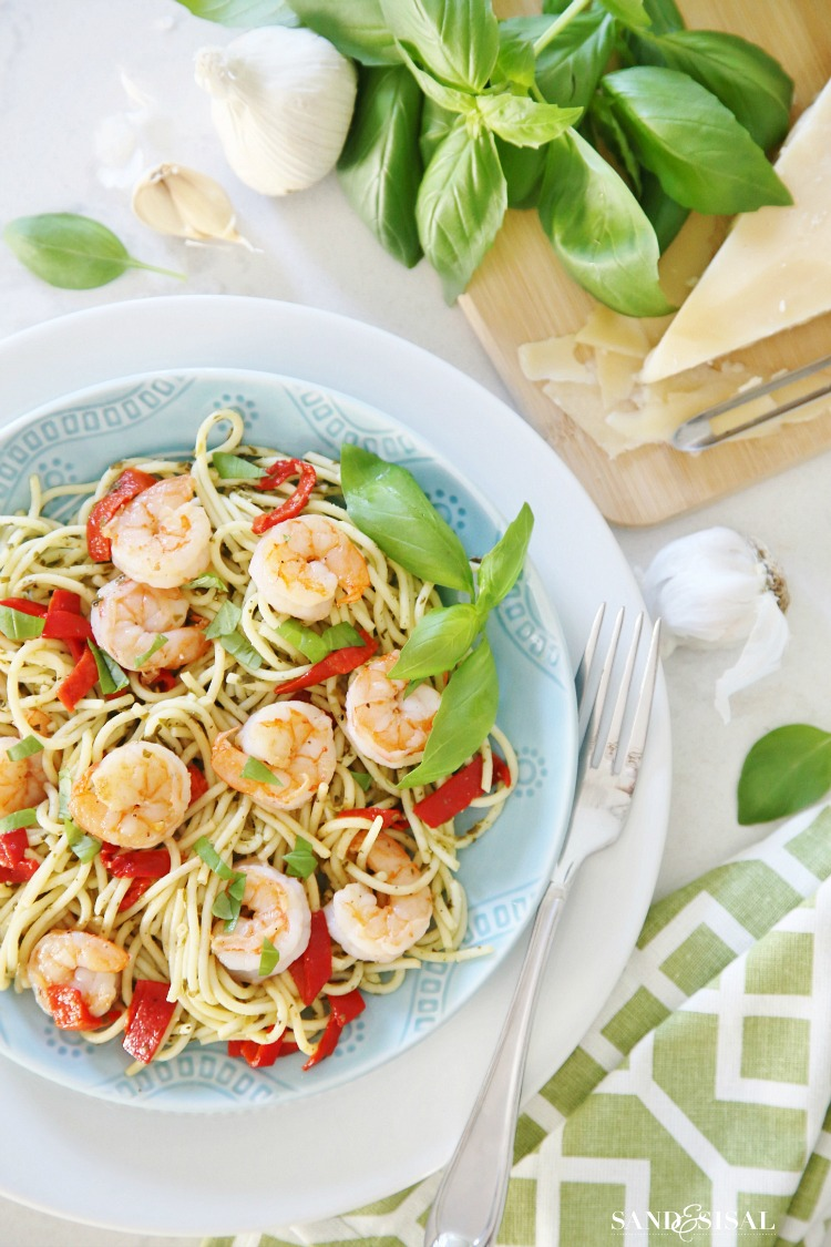 Pesto-Pasta-with-Grilled-Shrimp-and-Roasted-Red-Peppers