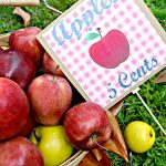 Apples 5 Cents Free printable and Vignette
