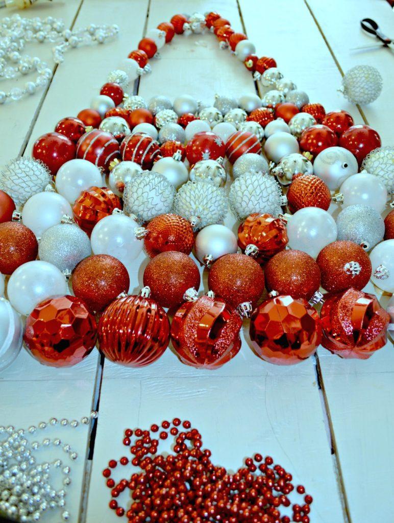 creating-a-christmas-ornament-display