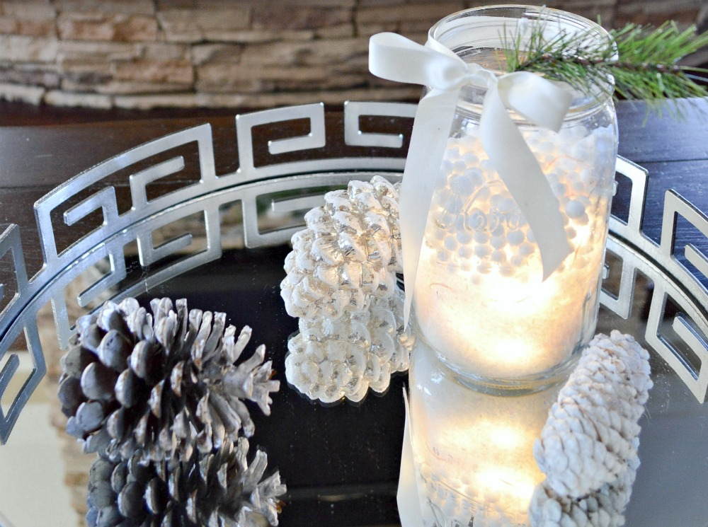 Simply fill a Mason jar with a bunch of LED lights, add fake snow and you have a beautiful winter's display
