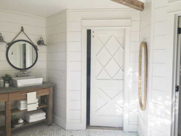 Farmhouse-master-bathroom-room-remodel1