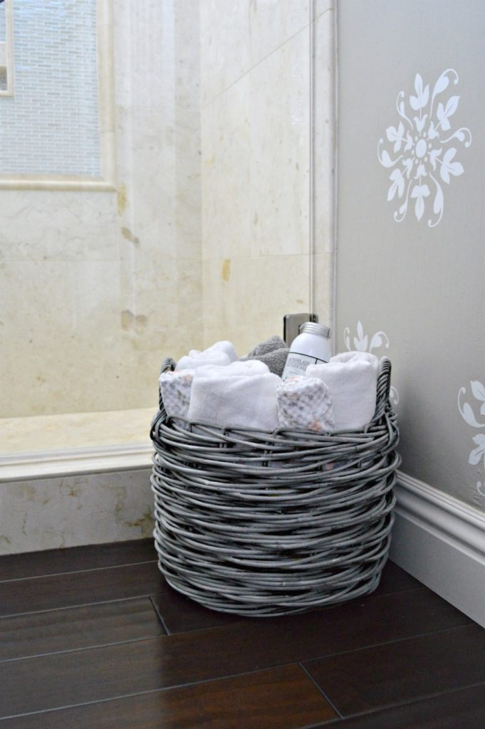 Get the look of a weather basket, fabulous tutorial with step by step directions with pictures