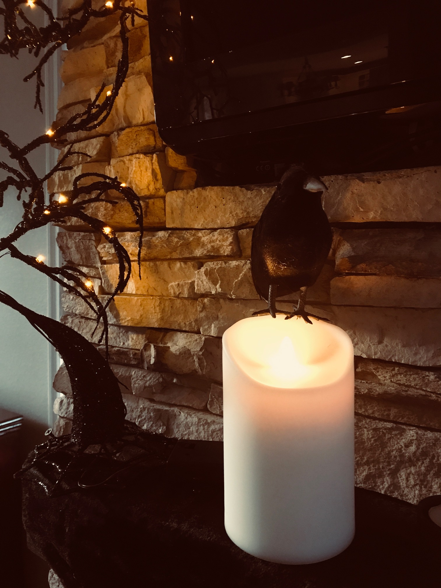 Spooky And Elegant Halloween Decor My Uncommon Slice Of