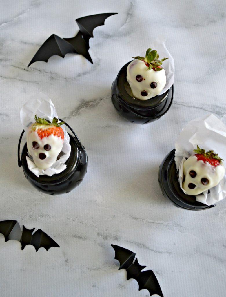 White Chocolate Strawberry Ghosts