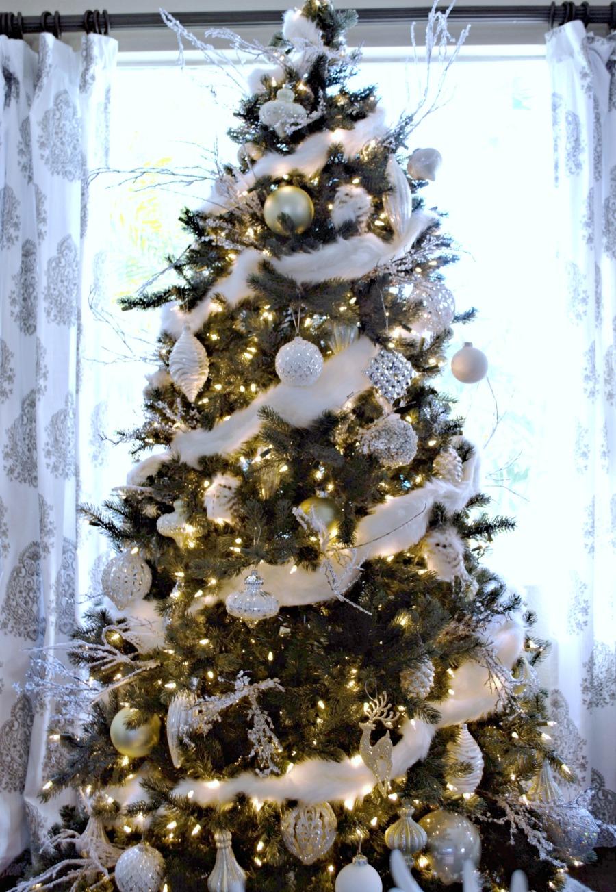 Christmas Tree Decor.13 Extraordinary Christmas Trees My Uncommon Slice Of Suburbia