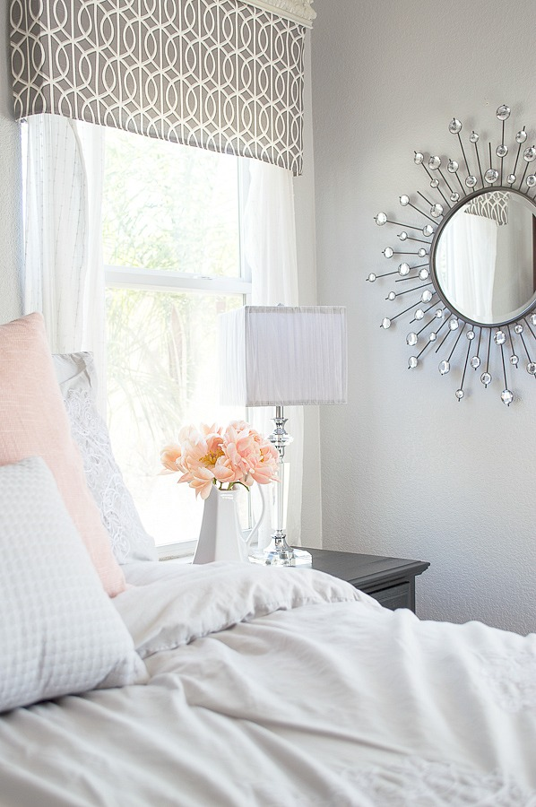 Light Summer Colors For The Master Bedroom