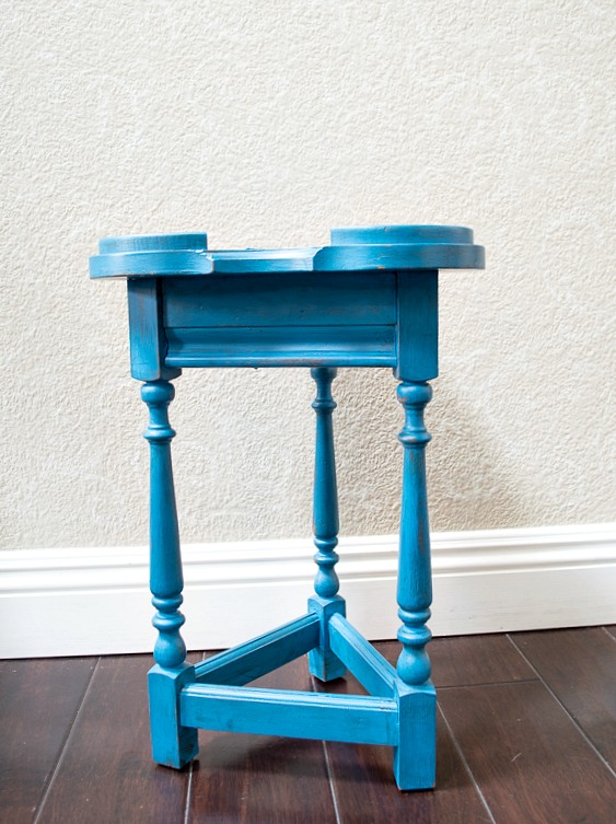 So, If you have a tired, old table of any size that needs a little love, this post is for you!