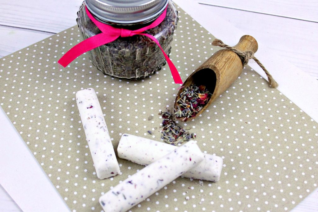 Rose and Lavender Bath Bomb Bars Recipe