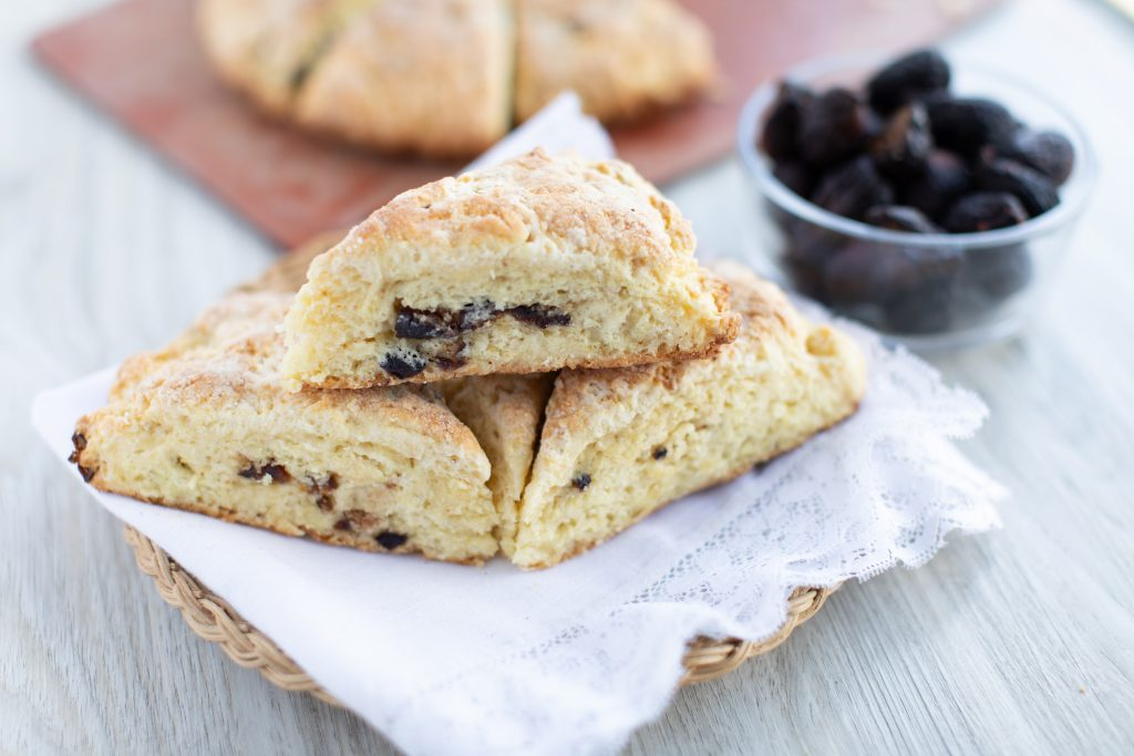 Cast Iron Skillet Fig and Cardamom Scones