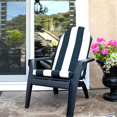 How to spray paint a chair and give it a completley new look