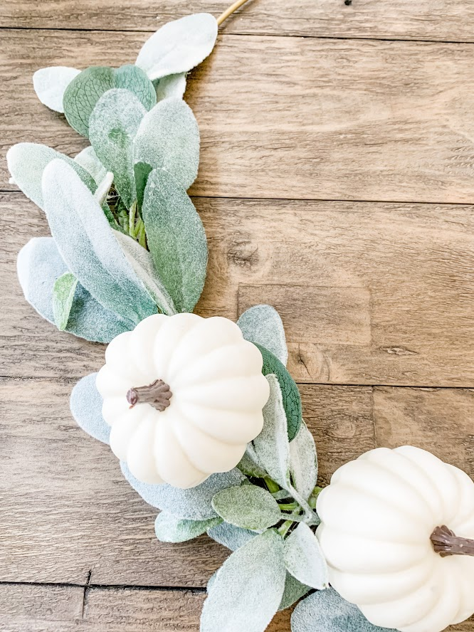 Easy DIY Fall Hoop Wreath With White Pumpkins